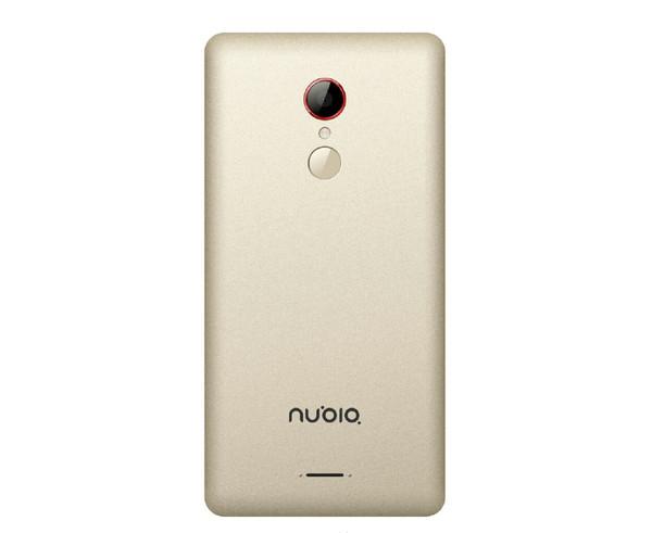 nubia Z9的无边框设计如今看来还是挺超前的,目前看来nubia是要把这个特色继续进行下去了。近日,努比亚新机nubia Z11在微博被曝光,而且将会成为首款搭载高通骁龙820处理器的新机。从曝光图来看,nubia Z11主体设计将延续nubia Z9的无边框ID,而且与三星S6 edge的曲面屏延伸到机身侧面的设计相类似。  nubia Z11渲染图(图片来源于网络) 从消息人士提供的爆料图来看,nubia Z11将采用金属机身+无边框设计,不过似乎不再是简单的边缘折射,而是直接用上了曲面屏。由于仍